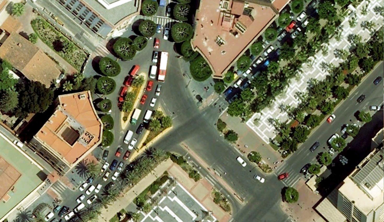 Encuentro Rambla con Paseo Almeria